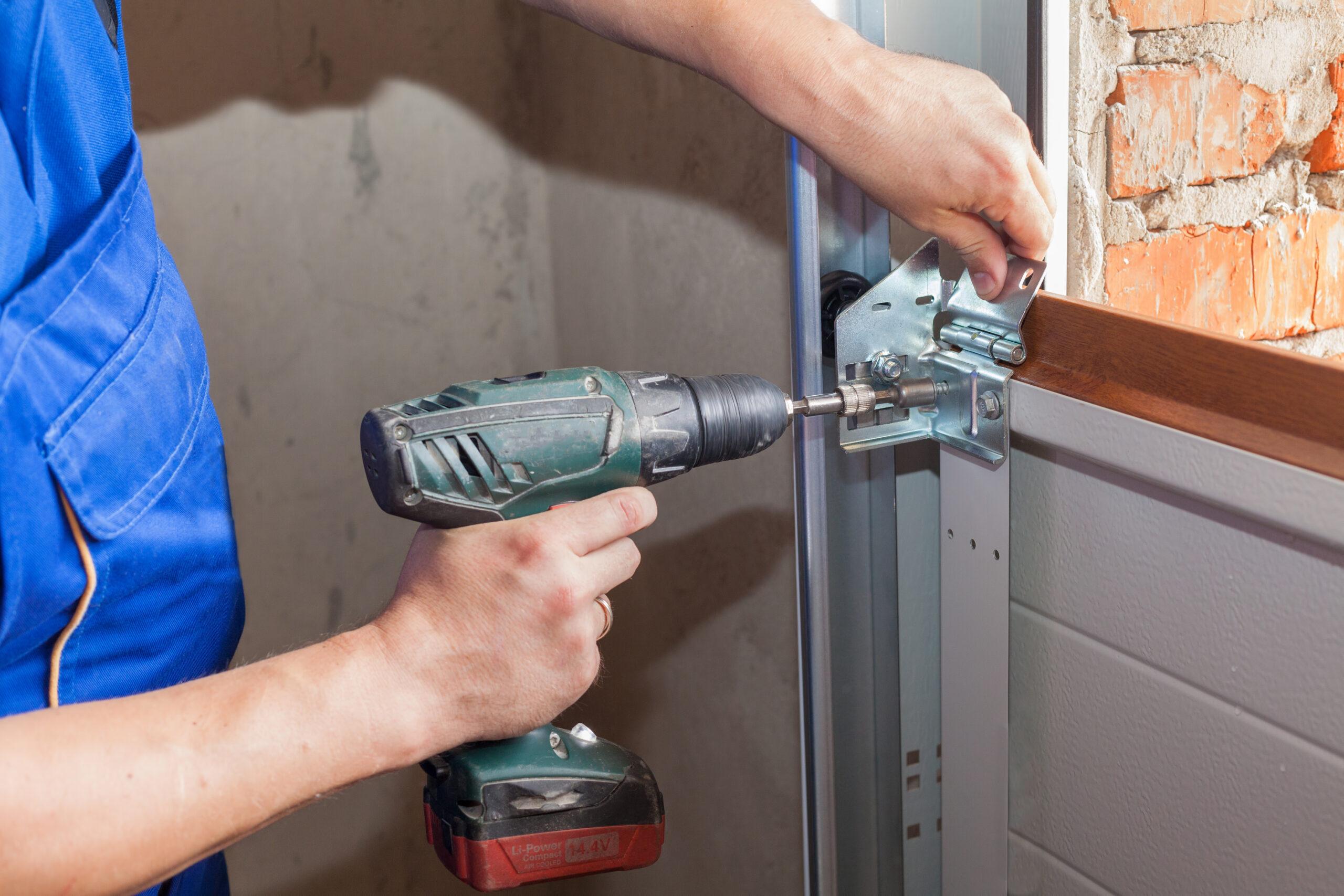 Four Advantages Of Hiring The Best Garage Door Company