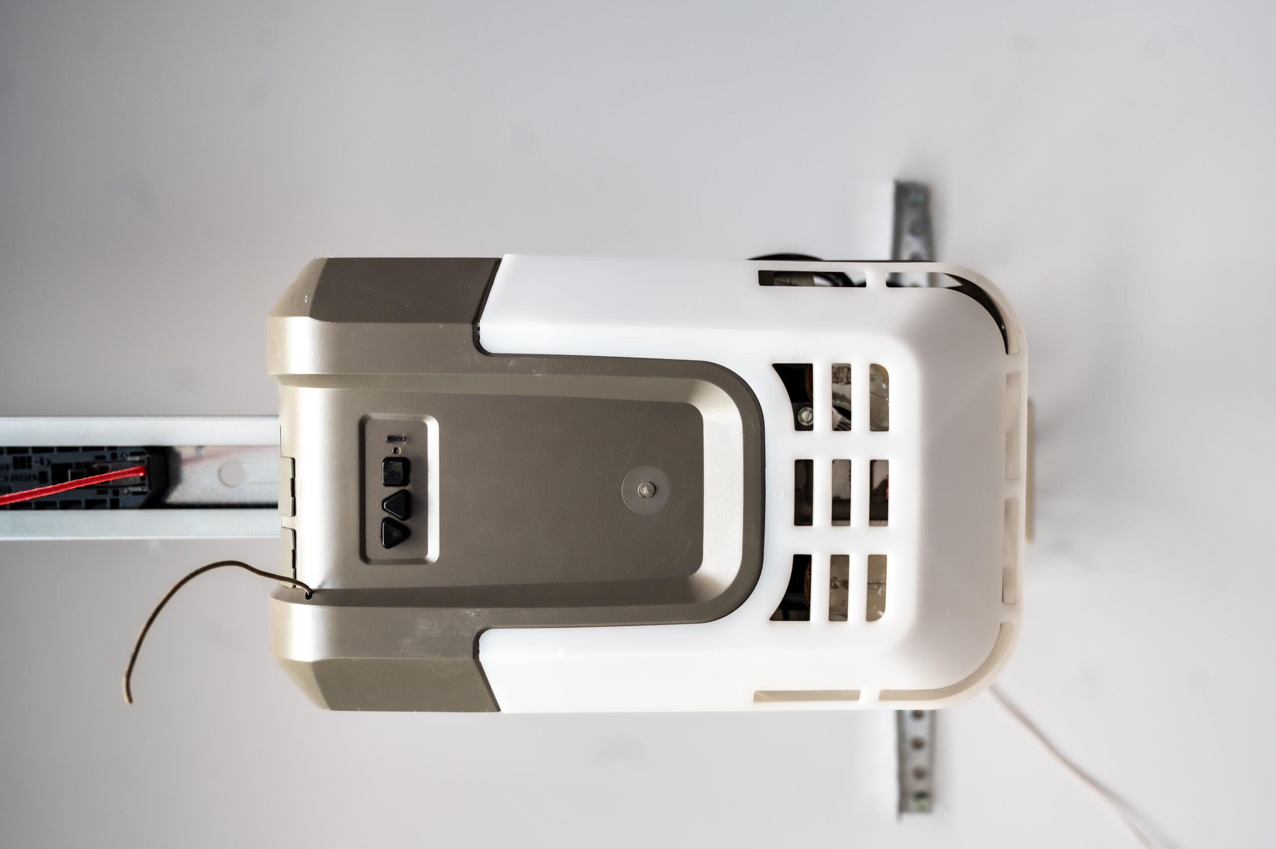 How Do You Know When To Replace Your Garage Door Opener?